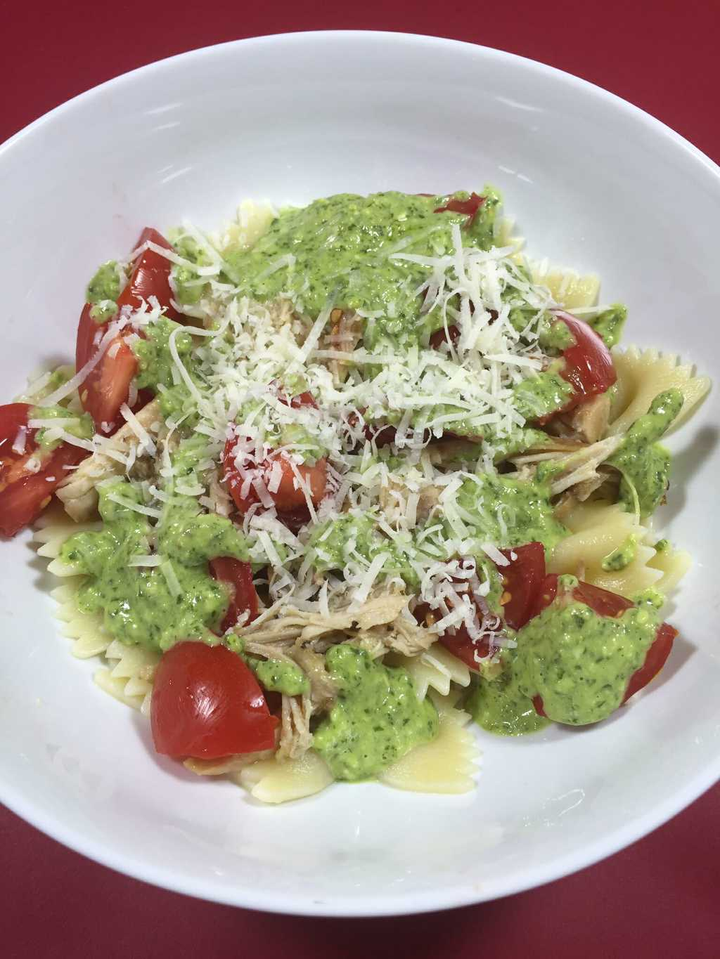 Bowties with Shredded Chicken and Creamy Pesto Sauce