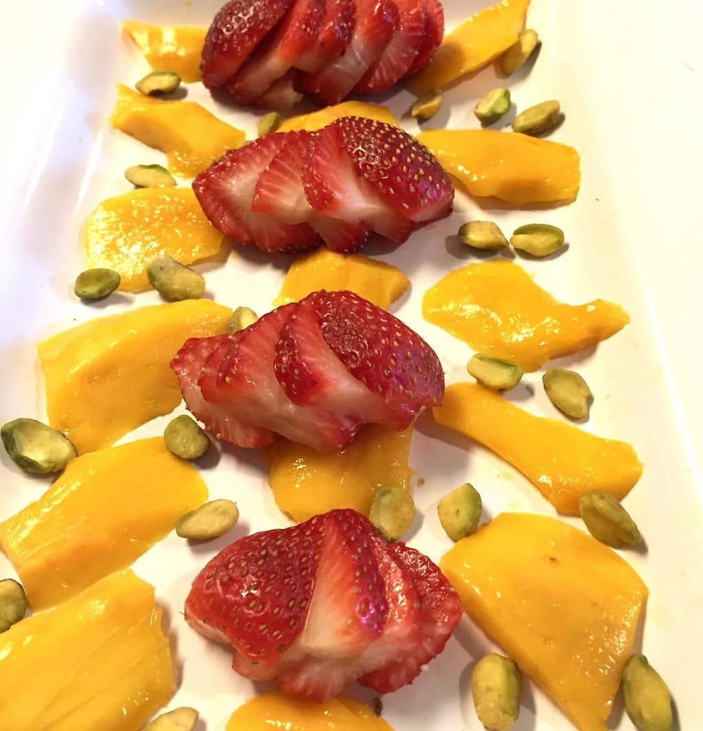 Super Antioxidant Salad with Miso Dressing