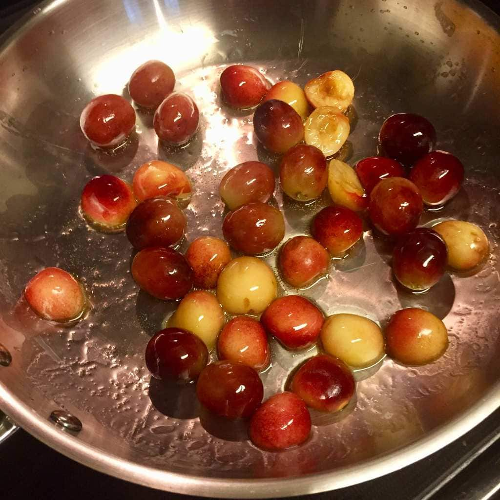Sausages with Grapes and Cherries