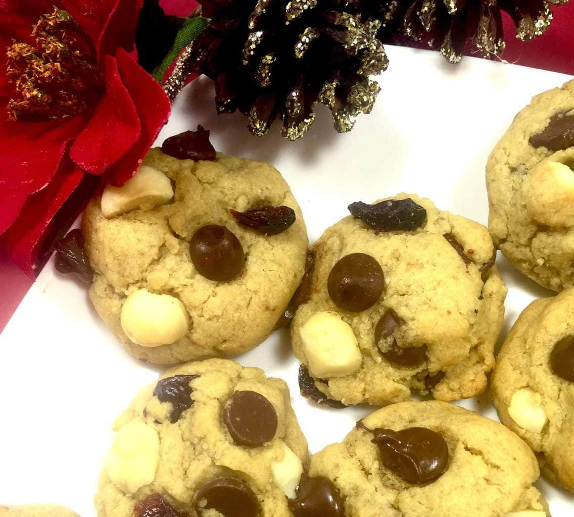 Chocolate chip cookies with pine cones and holly